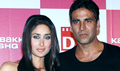 Akki flies, Bebo at KI promotion in Delhi