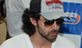 Hrithik promotes Kites at Radio City