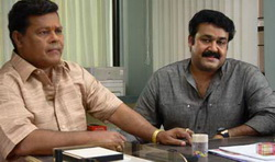 Mohanlal and Innocent asked to appear before the Labour Commission