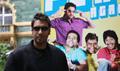 Ajay Devgan promotes GOLMAAL RETURNS in London