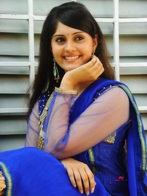 Picture 3 of Surabhi