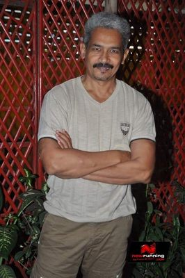 Picture 3 of Atul Kulkarni