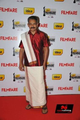 Picture 4 of Atul Kulkarni