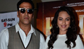 Holiday Film Promotions With Akshay And Sonakshi On ZEE Lil Masters