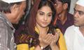 Vidya Balan Visits Mahim Dargah To Seek Blessings For Bobby Jasoos