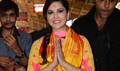 Sunny Leone Visits Siddhivinayak Temple To Seek Blessings For KKLH