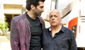 Aashiqui Director Mahesh Bhatt Drops In To Meet Aashiqui Actor Aditya Roy Kapoor