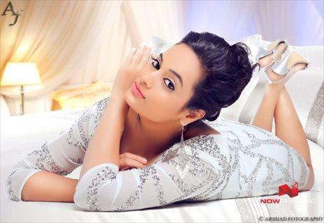 Picture 4 of Suja Varunee