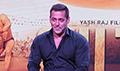 Salman Khan & Anushka Sharma at the trailer launch of Sultan