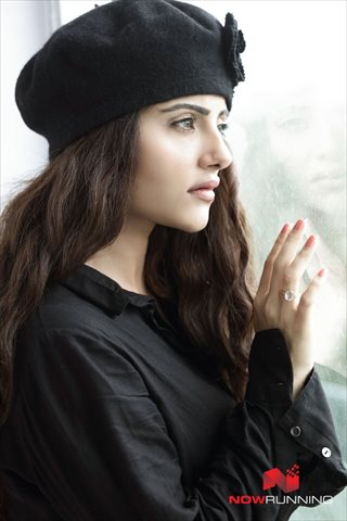 Picture 3 of Aqsa Bhatt