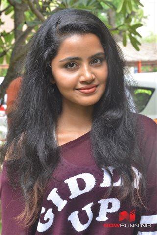 Picture 3 of Anupama Parameswaran