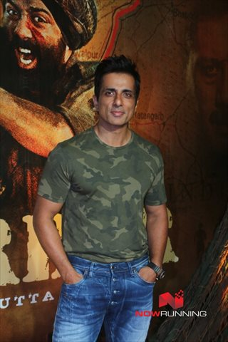 Picture 2 of Sonu Sood
