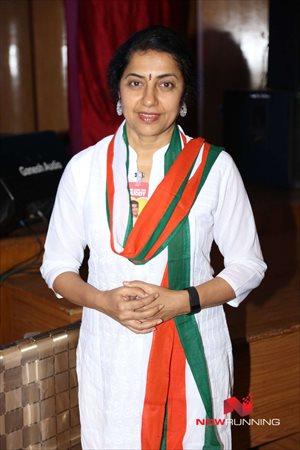 Picture 4 of Suhasini Maniratnam