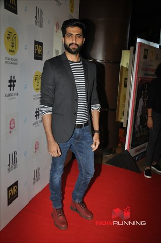 Picture 1 of Akshay Oberoi