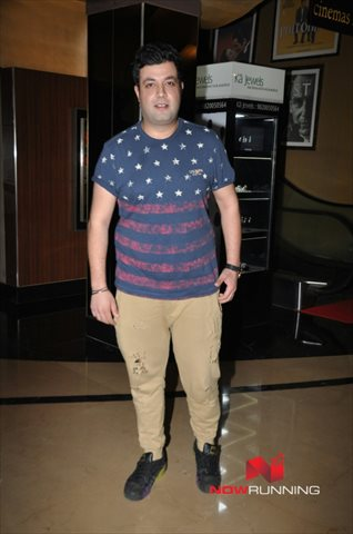 Picture 2 of Varun Sharma