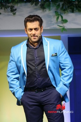 Picture 3 of Salman Khan