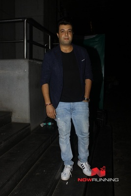 Picture 4 of Varun Sharma