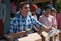 Picture 3 from the English movie Neighbors