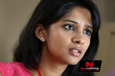 Picture 3 of Nyla Usha