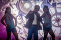Picture 72 from the Tamil movie Enakku Veru Engum Kilaigal Kidayathu