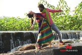 Picture 9 from the Tamil movie Teakadai Bench